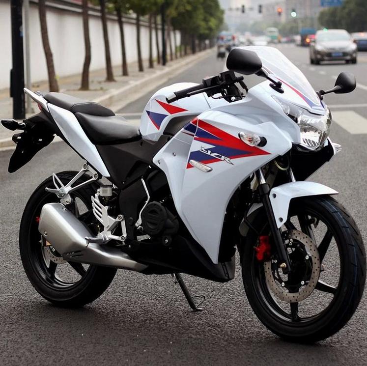 供应两轮摩托车