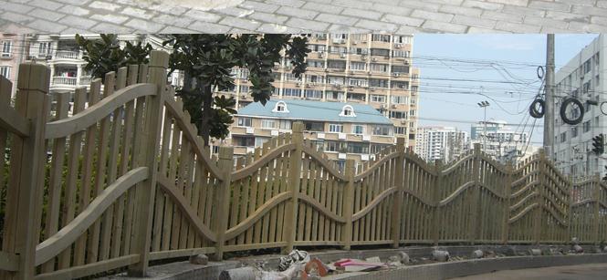 安顺景森防腐木地板网格护栏批发