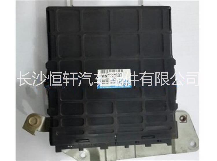 三菱帕杰罗v73v75v77发动机电脑板批发