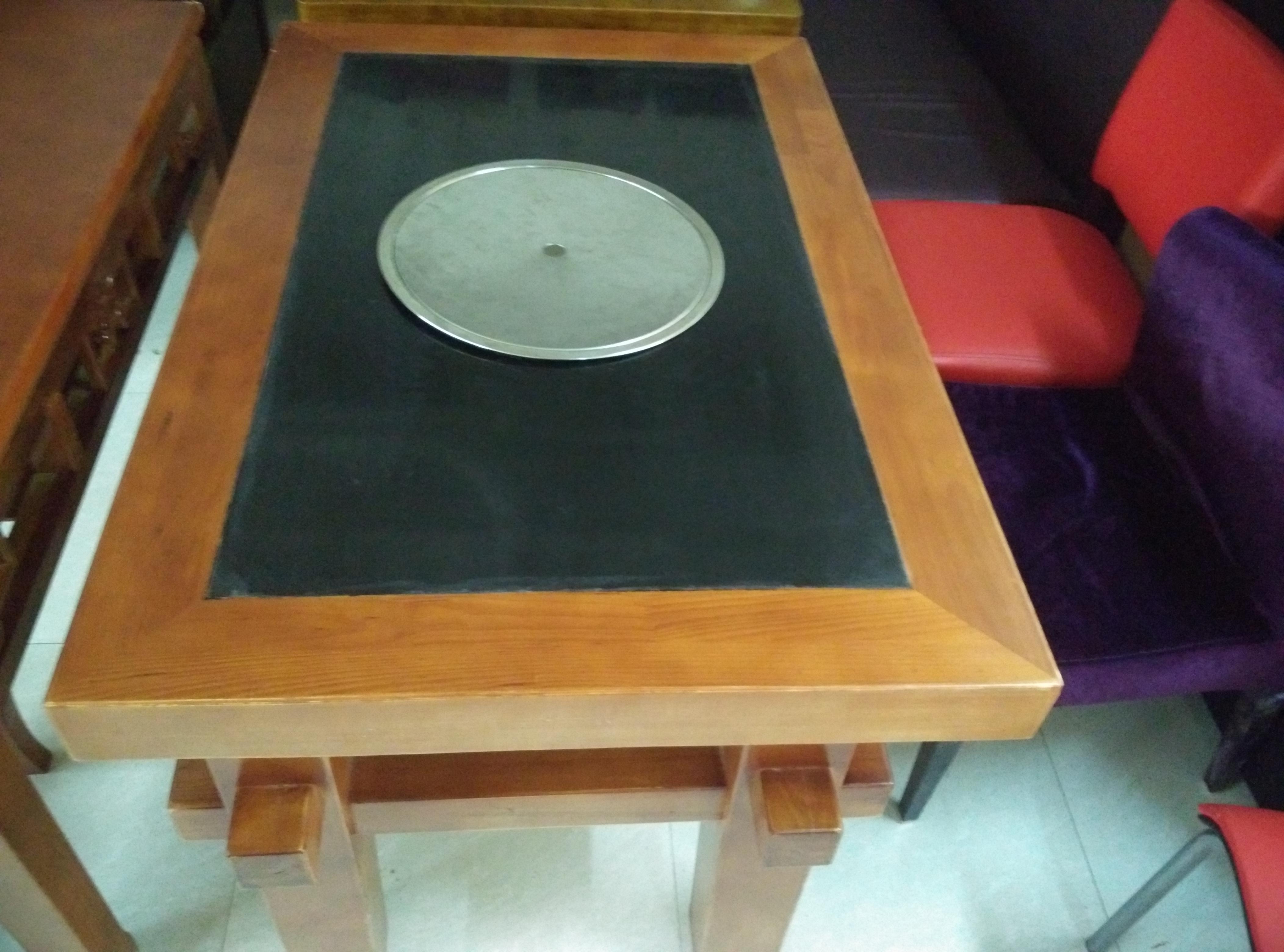 贵阳火锅桌实木仿古古风格价格