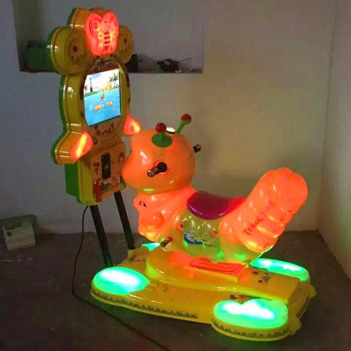大同3D液晶屏游戏摇摇车3D小马汽车小鹿游戏互动投币机直销