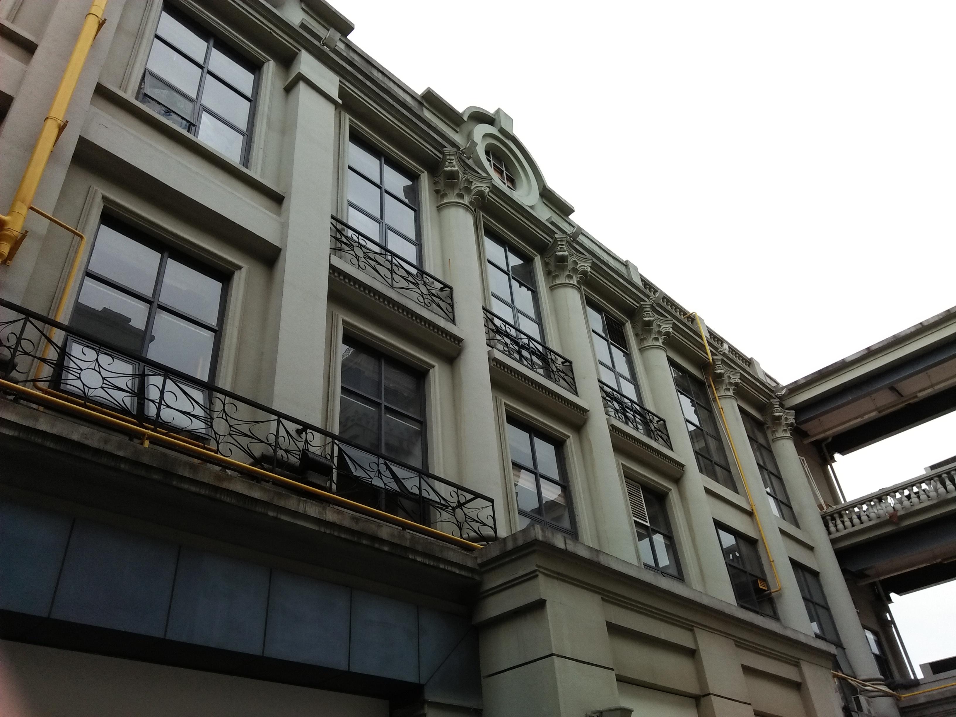 grc欧式构件制作罗马柱窗套线条批发