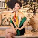 供应重磅手绘大方巾专柜正品潮流百搭精心包装优雅女士100%桑蚕丝正品