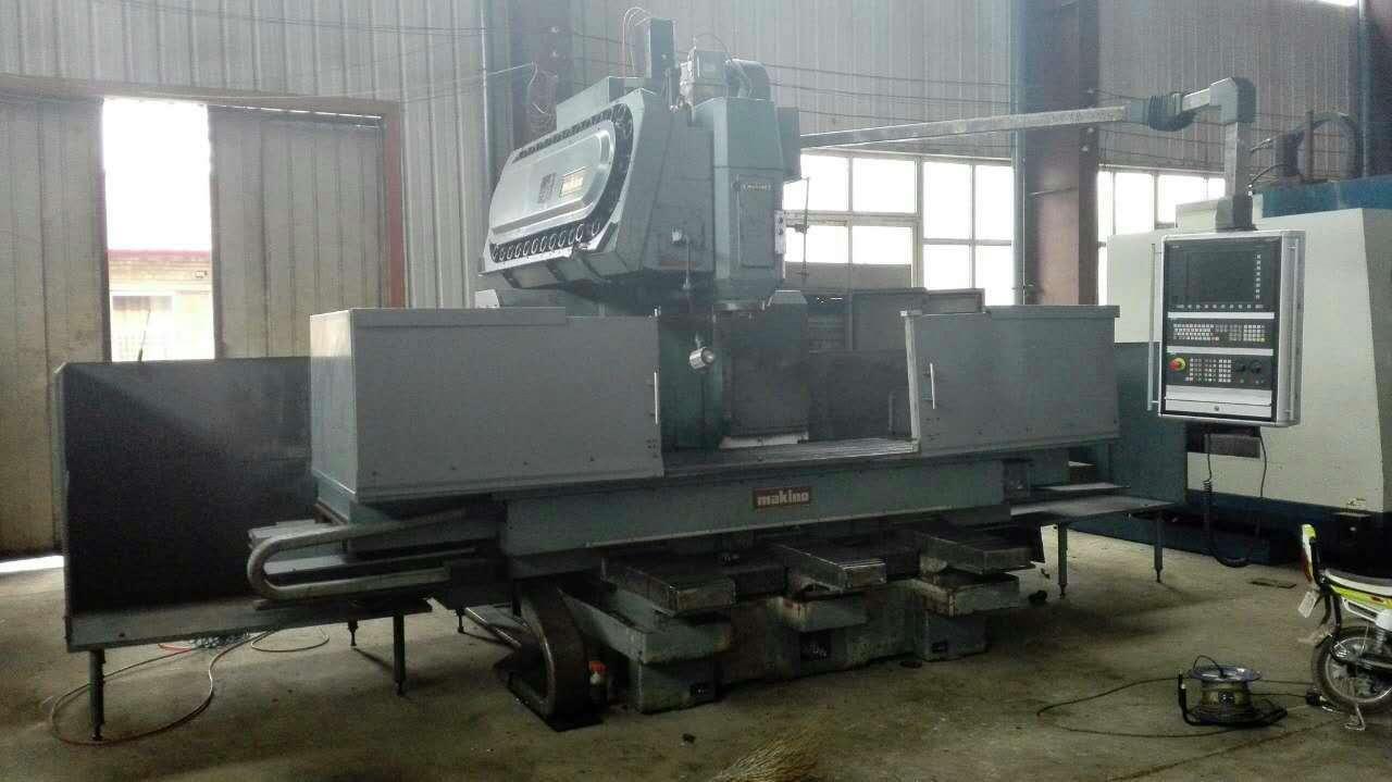 供应二手牧野FNC208立式加工中心
