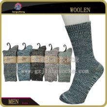 供应广东羊毛袜工厂保暖冬季花纱羊毛袜图片
