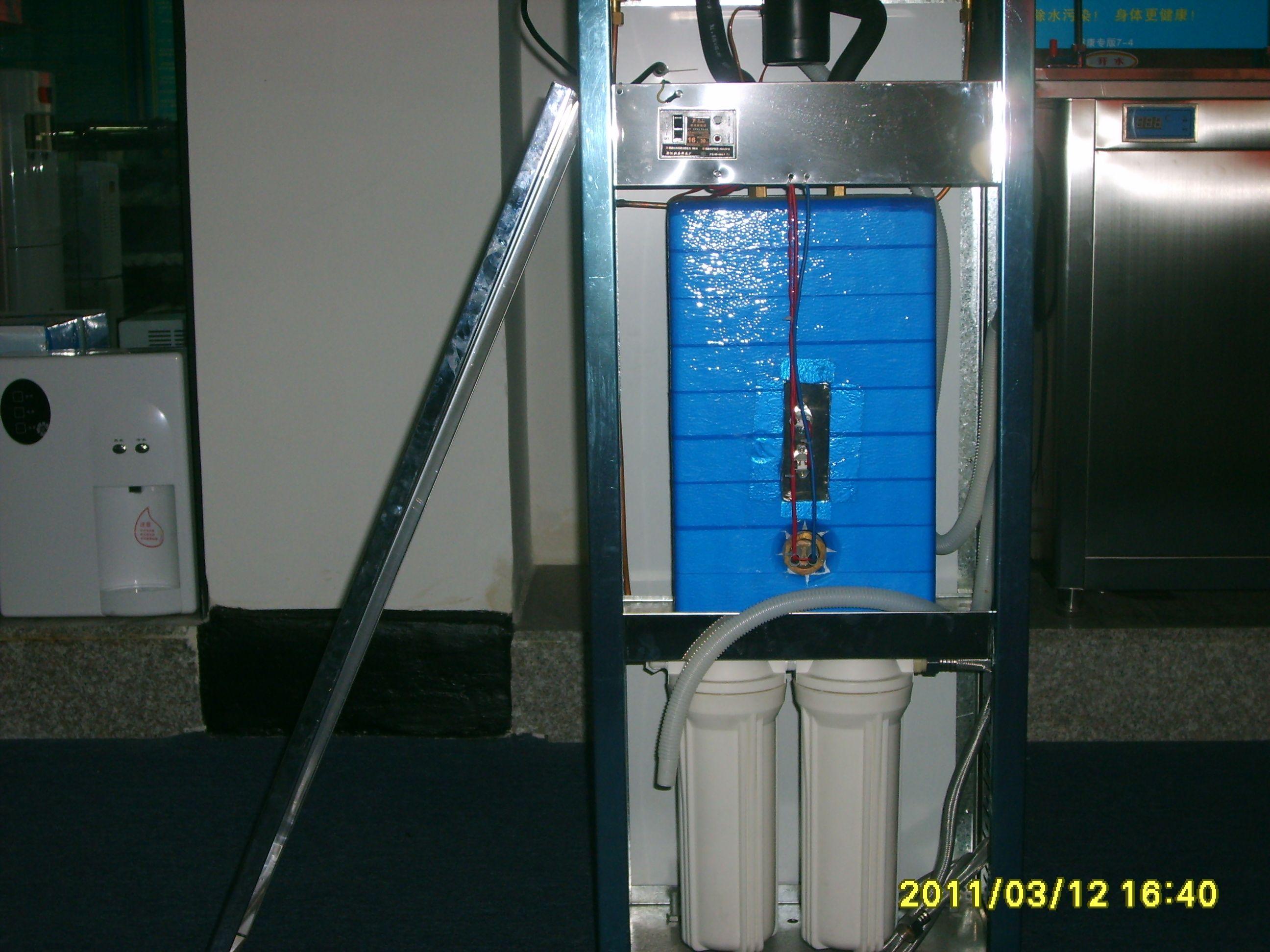 7,带电磁阀的节能开水机,水不开则无水流出,确保不饮用生水.图片