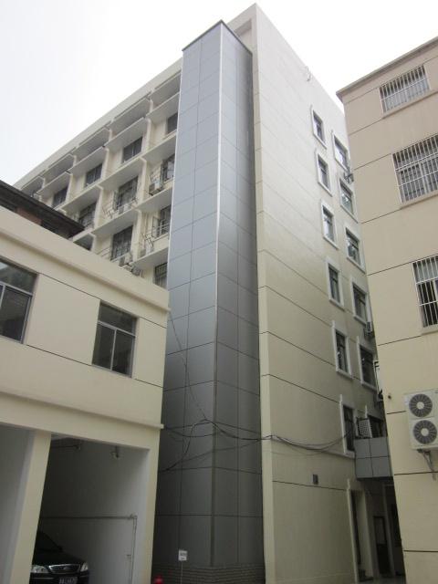 北京电梯钢结构井道及外封铝塑板价格