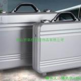 供应铝镁合金一体成型公文箱、铝镁合金手提箱、一体成型医疗仪器箱、一体成型工具箱、铝镁合金箱