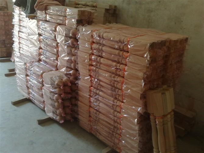 徐州实木楼梯扶手立柱批发厂家
