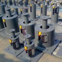 供应用于热力管道的弹簧用焊接管座 三螺栓管夹 U形吊耳 双孔吊板  加筋焊T型管托 可变碟簧厂家批发