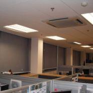 办公室电动卷帘图片