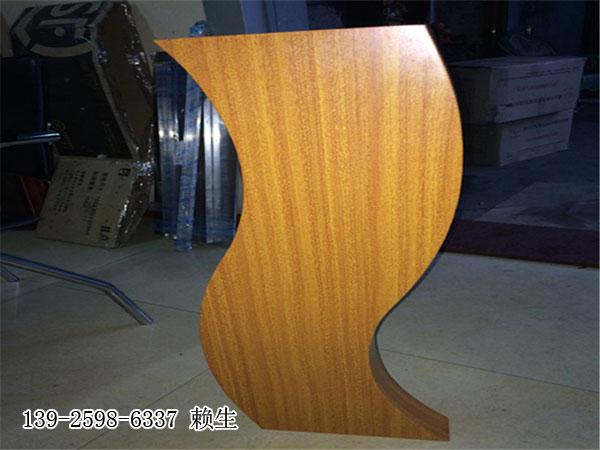 弧形铝方通异型铝方通造型铝方通规格圆弧铝方通价格波浪形铝方通吊顶