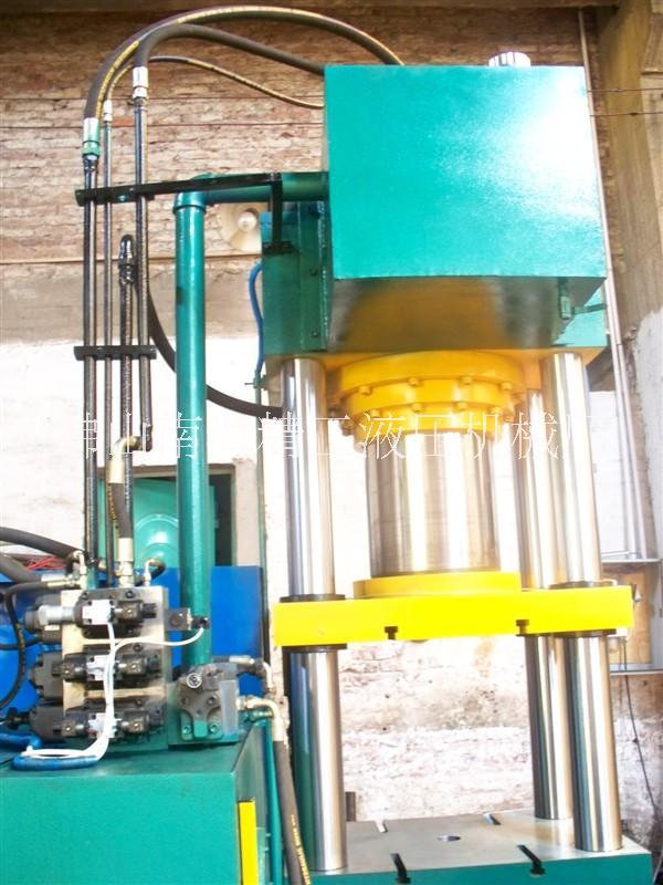 广州佛山深圳液压机生产厂家