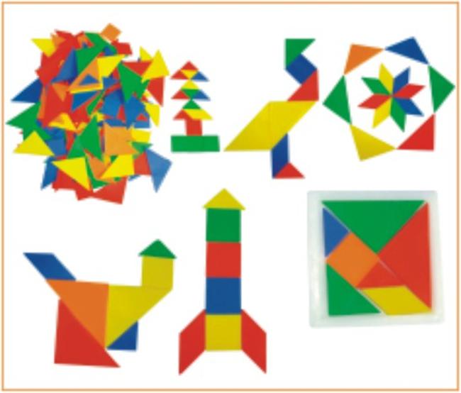 也是提高孩子手眼协调能力的一个方法,积木玩具的玩法很多,可以排列