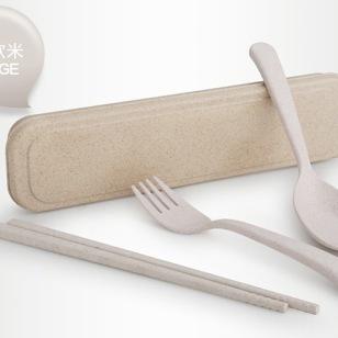 小麦秸秆儿童餐具图片