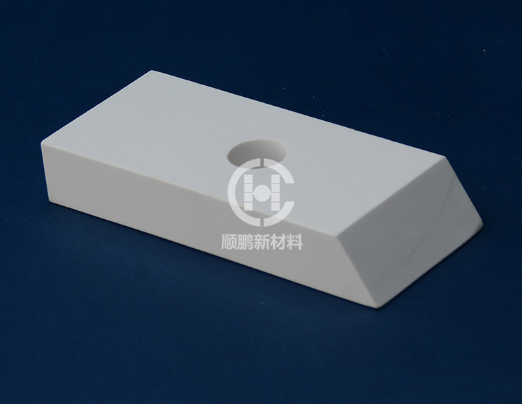 氧化铝衬砖 氧化铝耐磨衬砖