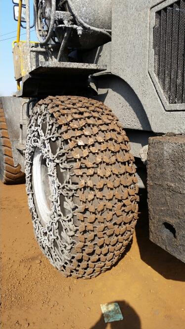 天津天威轮胎保护链80型铲运机保护链29.5-25装载机轮胎防滑链  雪地机轮胎防滑链  隧道机轮胎防滑链