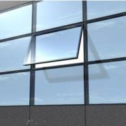 幕墙玻璃开窗图片
