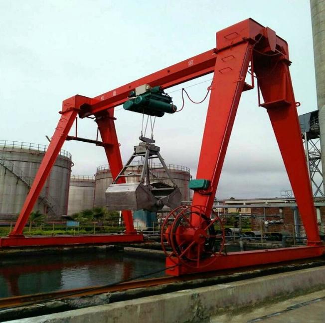 厂家直销5吨10吨电动葫芦单梁龙门吊 MH型包厢式电动葫芦门式起重机