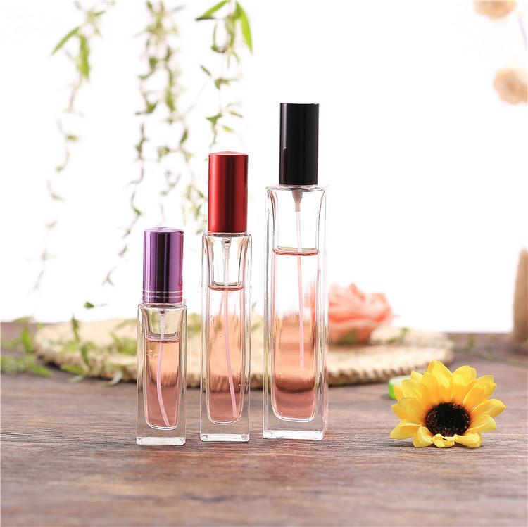 厂家供应30ml高档香水瓶 矩形晶白料香水玻璃瓶 方形精油瓶