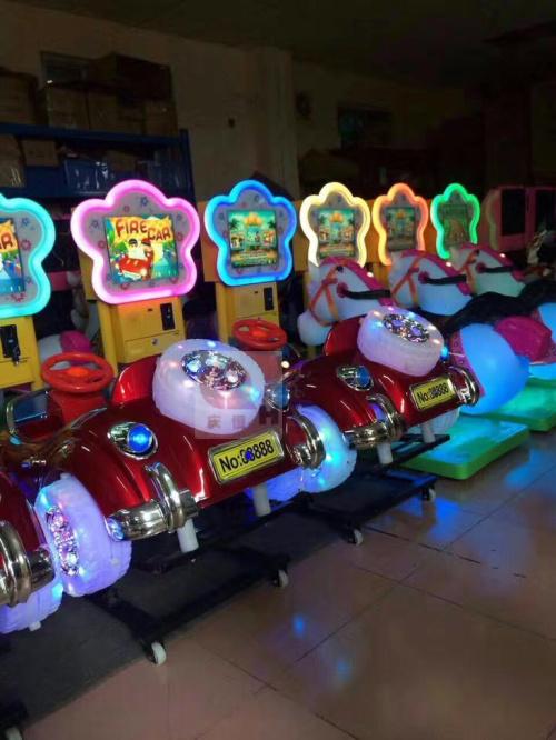 儿童摇摆车17寸液晶豪华摇摆机