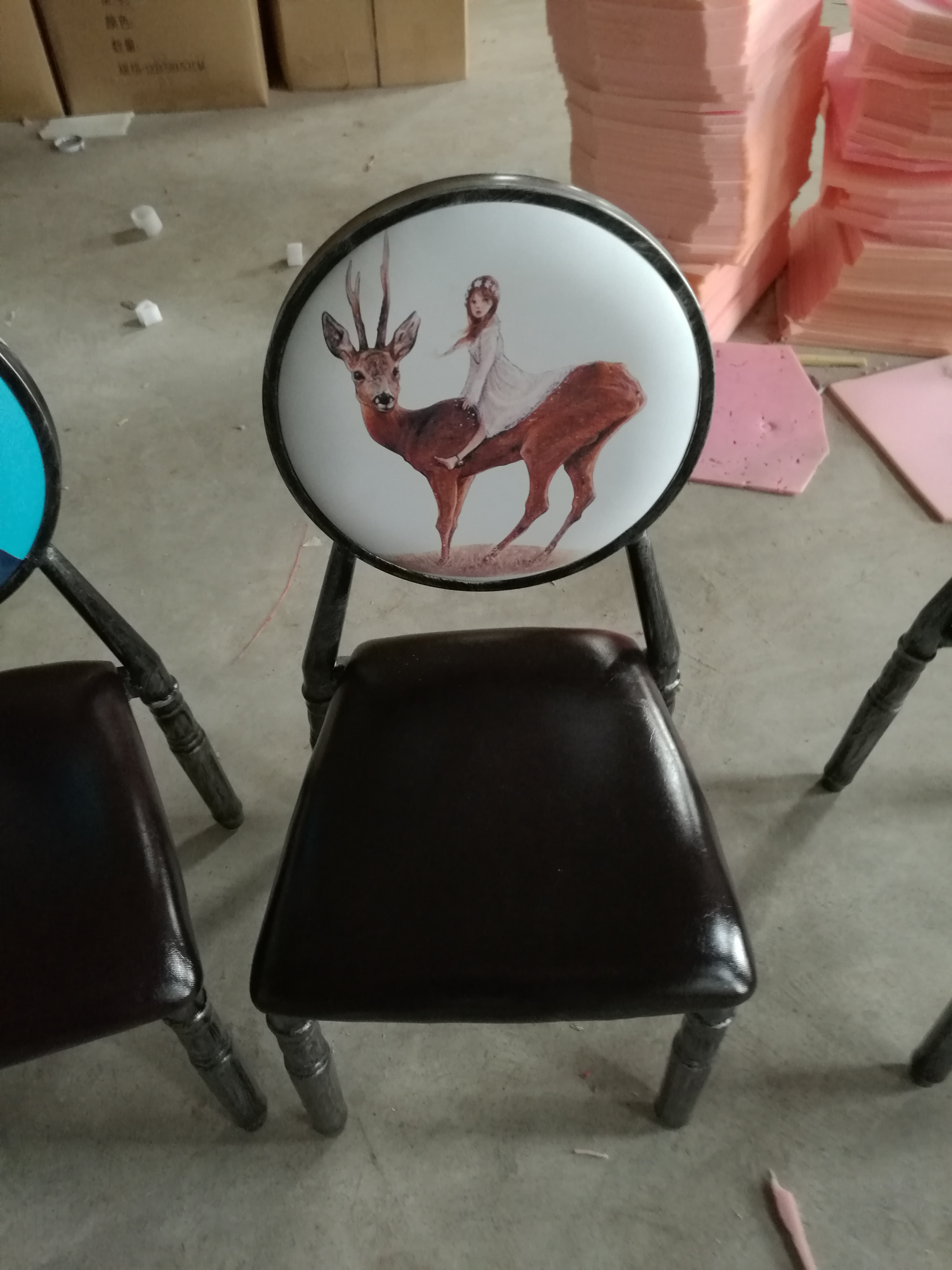 酒店椅品牌宴会餐椅定制欧式饭店软包餐厅会议椅子 主题餐厅圆背椅