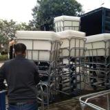 供应各种型号洗水车漂染厂布草车