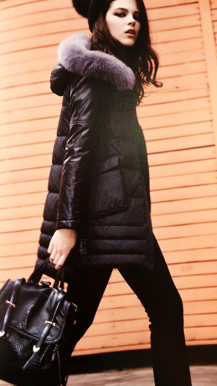 艾安琪1 知名高档女装品牌走份尾货库存批发低价女装多款供选免费加盟厂家直销