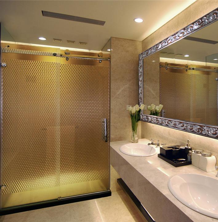 阳泉浴室玻璃隔断厂家 供应长治浴室玻璃隔断 太原浴室玻璃隔断