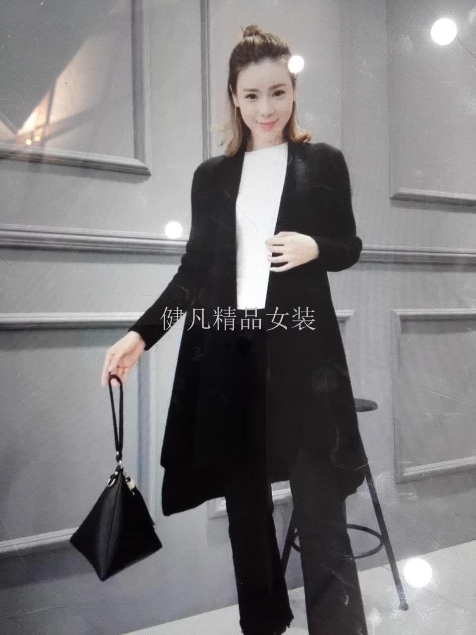 高端品牌羽绒服秋冬新款新到欧洲站风格双面呢大衣批发分份