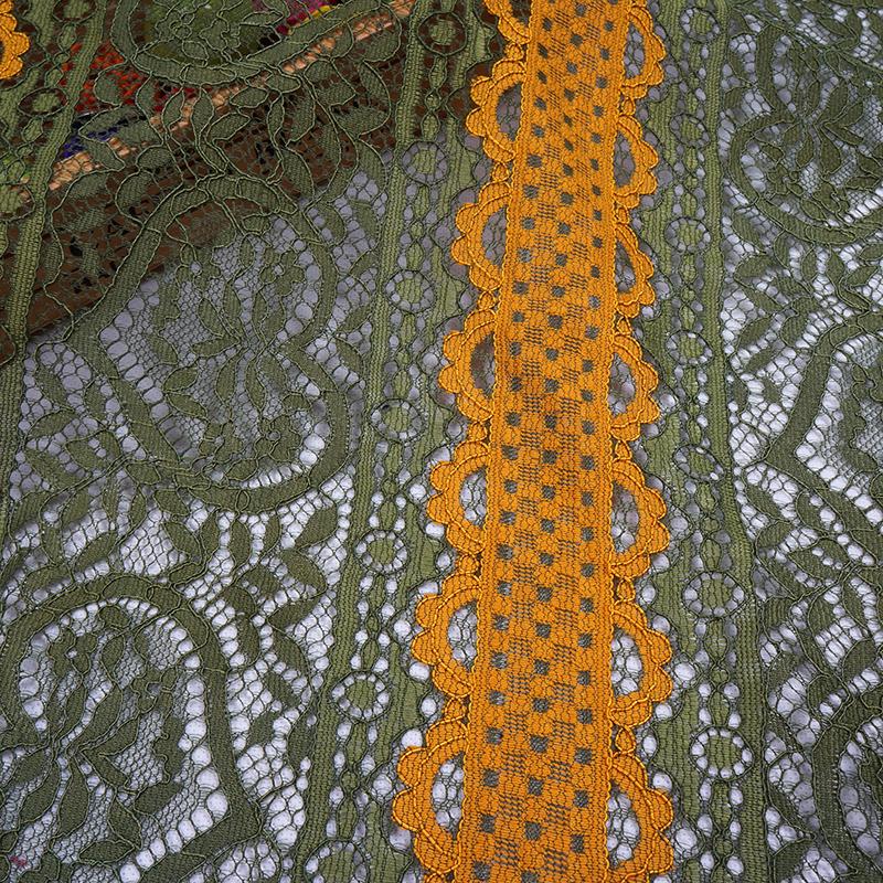 秋冬季新款双色蕾丝花边面料 连衣裙面料 锦棉针织蕾丝面料批发 yc9043