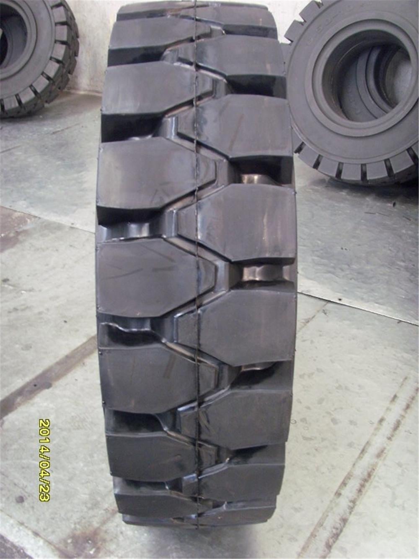 厂家供应叉车实心轮胎6.00-9 工业车辆轮胎600-9图片
