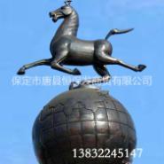马踏飞燕铜雕图片