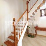 成都实木楼梯厂家,柏藤十三年专注实木楼梯扶手。