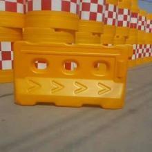 内蒙古 塑料水马围挡厂家呼和浩特塑料水马1300*700