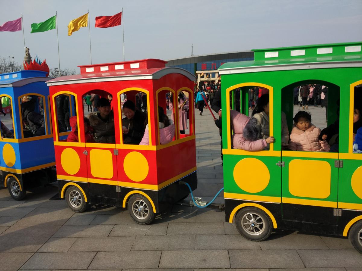 景区公园观光电动小火车卡通造型代步游览车