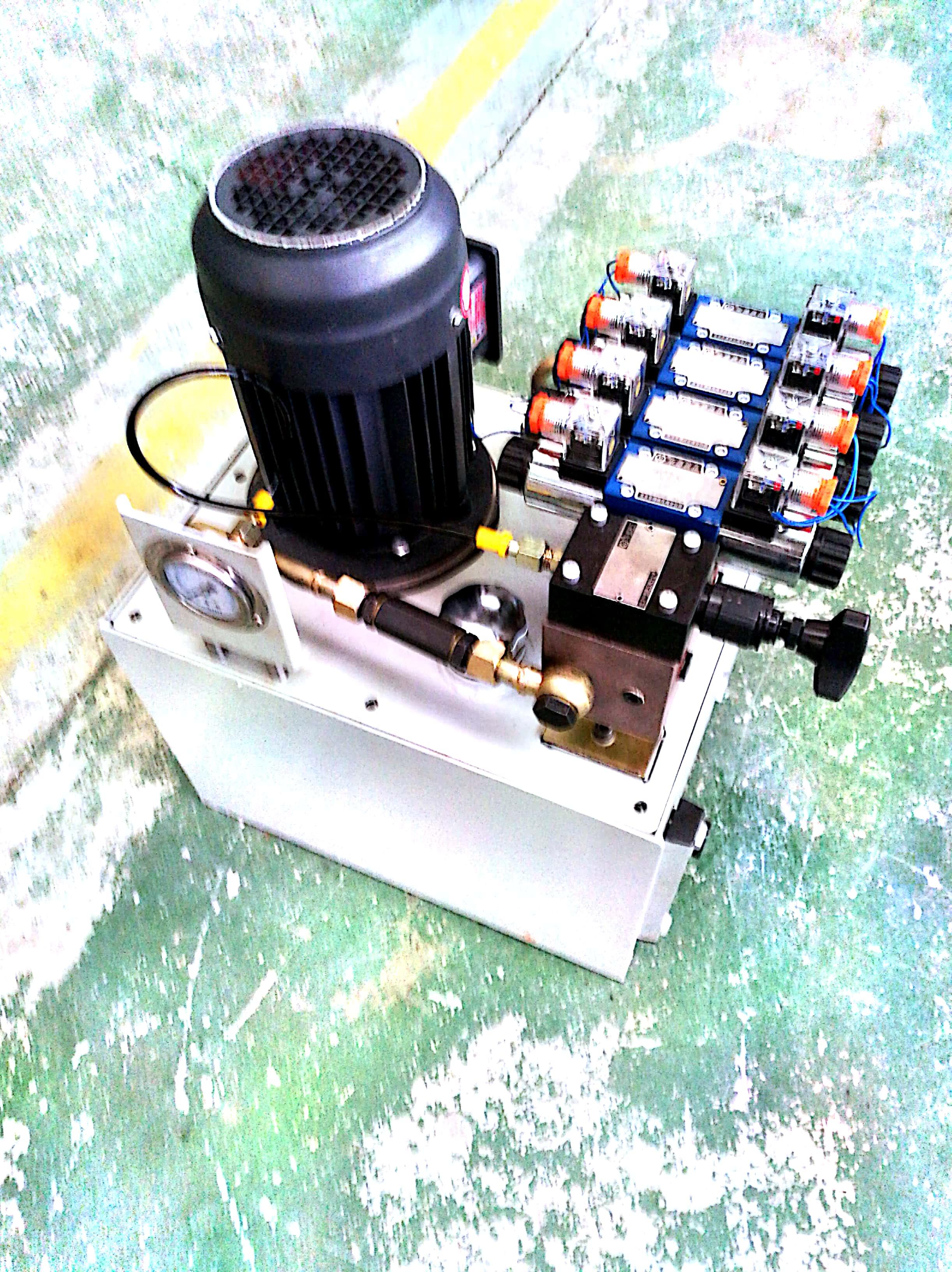 供应晋中液压千斤顶电动泵液压系统