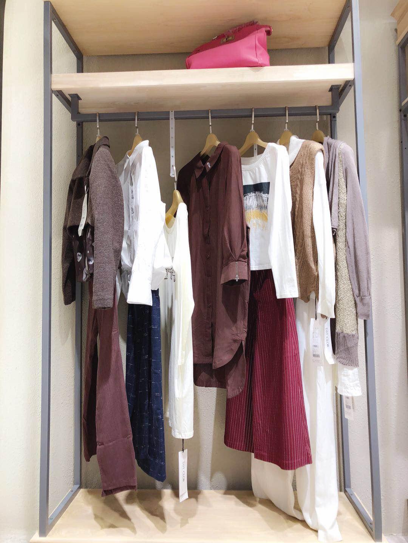 尘色品牌折扣女装专柜外套尾货批发 三标齐全 一手货源