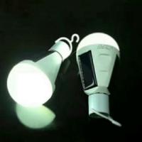 厂家直销太阳能球泡灯 LED太阳能球泡灯价格优惠欢迎订购