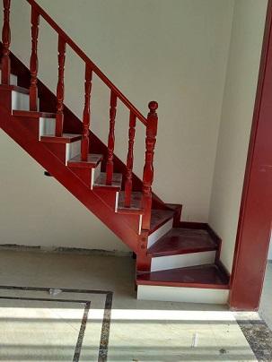 欧式简约实木楼梯定制扶手 工厂直销室内别墅复式实木楼梯遂平确山