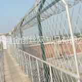 监狱护栏  浸塑刀刺护栏网 刺笼YY型防护网