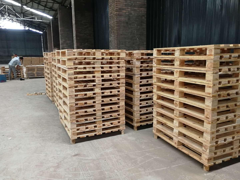 专业高端定制仓储工厂使用加厚款柏木栈板 卡板 双面托盘成都批发价