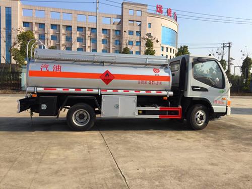 厂家直销东风多利卡5-8吨流动加油车油罐车 欢迎电议  加油车 拉油车
