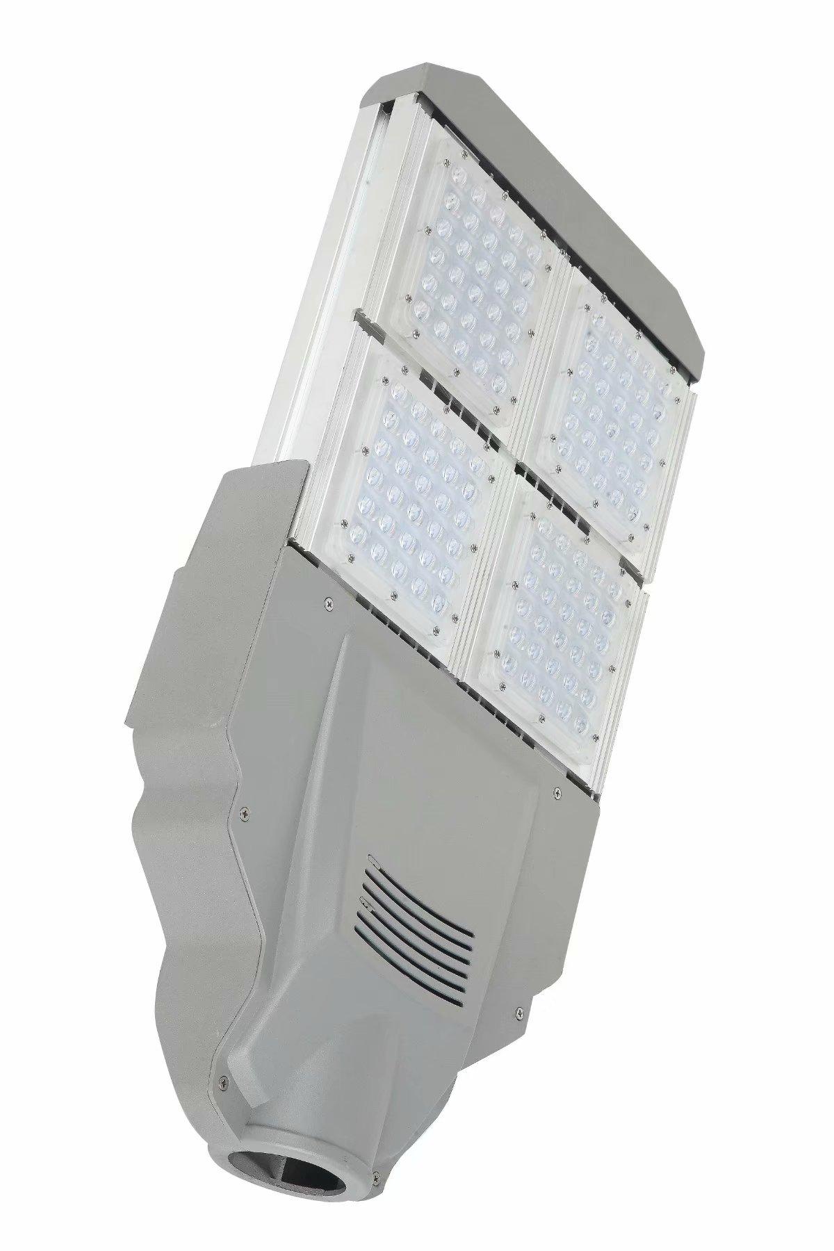 热销100w球场变形金刚路灯头 低耗高效太阳能球场灯 体育场照明工程专用路灯头