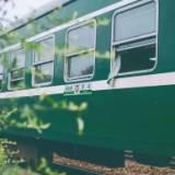铁路绿皮车厢 出售旧铁路绿皮车厢`旧铁路绿皮车厢厂家 绿皮火车车厢制造商 湖北绿皮火车车厢加工 绿皮火车车厢批发