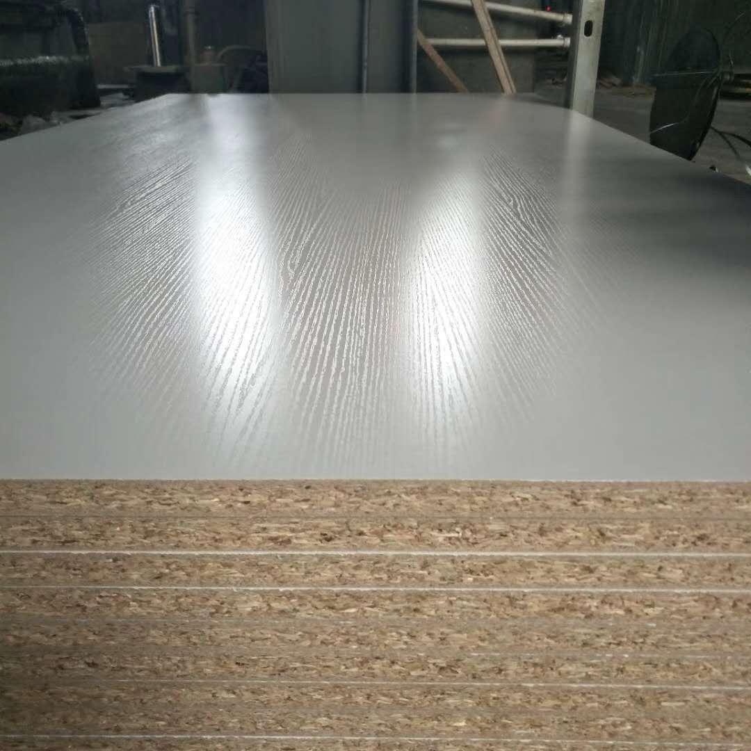 刨花板贴面贴面板密度板生产厂家