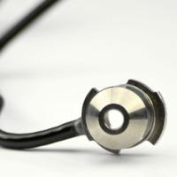 圆形自动点胶机可自动完成耳机点胶任务