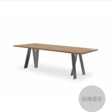酒吧实木桌子