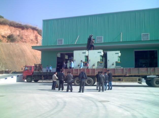 东莞货运 中国东莞至柬埔寨精品货物运输 中国东莞至柬埔寨精品货物运输咨询电话