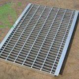 钢格板厂家制作钢格板流程介绍  钢格板制作流程